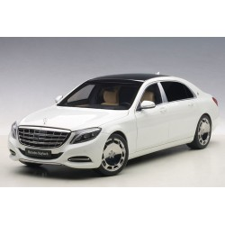 1:18 Mercedes-Maybach...