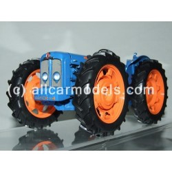 1:16 FordSon County Super 4...