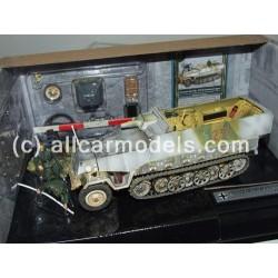 1:32 German Sd. Kfz. 251/9...