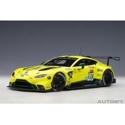 1:18 Aston Martin Vantage...