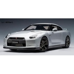 1:12 Nissan Skyline GTR -...
