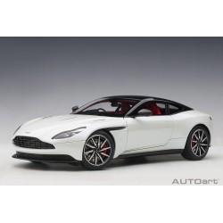 1/18 Aston Martin DB11