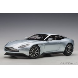 1:18 Aston Martin DB11...