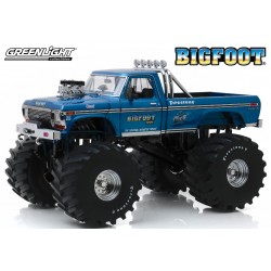 1:18 Ford F-250 Monster...