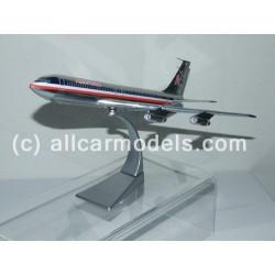 1:144 Boeing 707-323C...