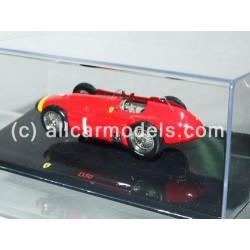 1:43 Ferrari D50- Driver:...