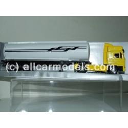 1:43 MAN F2000 464 (New Ray)