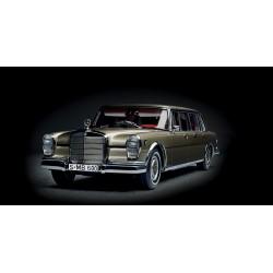 1:18 Mercedes Benz 600...