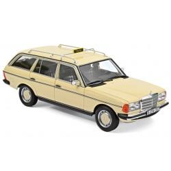 1:18 Mercedes - Benz 200T...