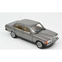 1:18 Mercedes Benz 200 1982