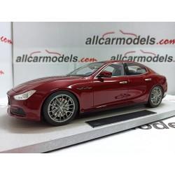 1/18 Maserati Ghibli 2013