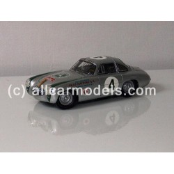 M-023 Mercedes-Benz 300 SL...